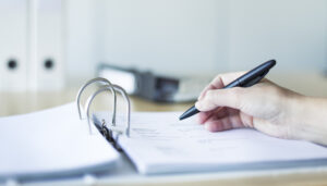 Få rådgivning i forbindelse med forhandling og salg af virksomhed