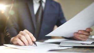 Få rådgivning om opdatering af kontrakter